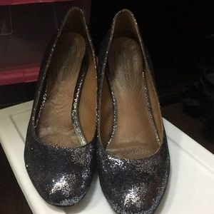 Corso Como size 6.5 silver glitter shoes